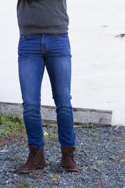 Kevin 356 Beyond Jeans