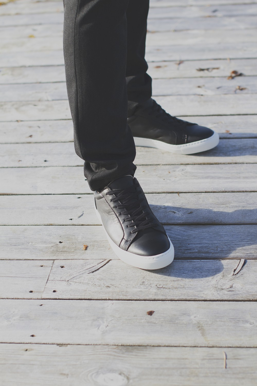 COLE Leather, Black