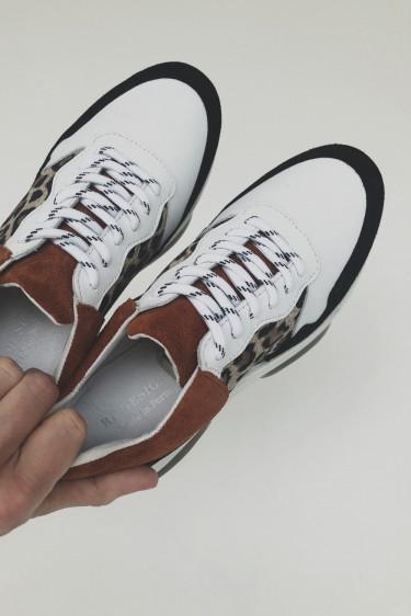 Zoa sneakers, leo