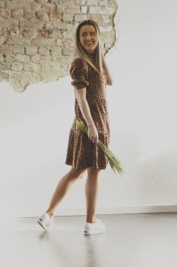 Jane Dress, brown leo
