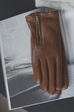 Agape gloves, Cognac