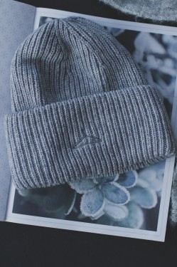 HYPNOTIZED Beanie, Grey Melange