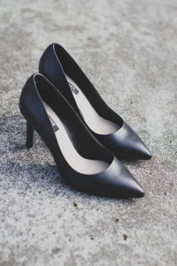 Vivienne Shoes - Black