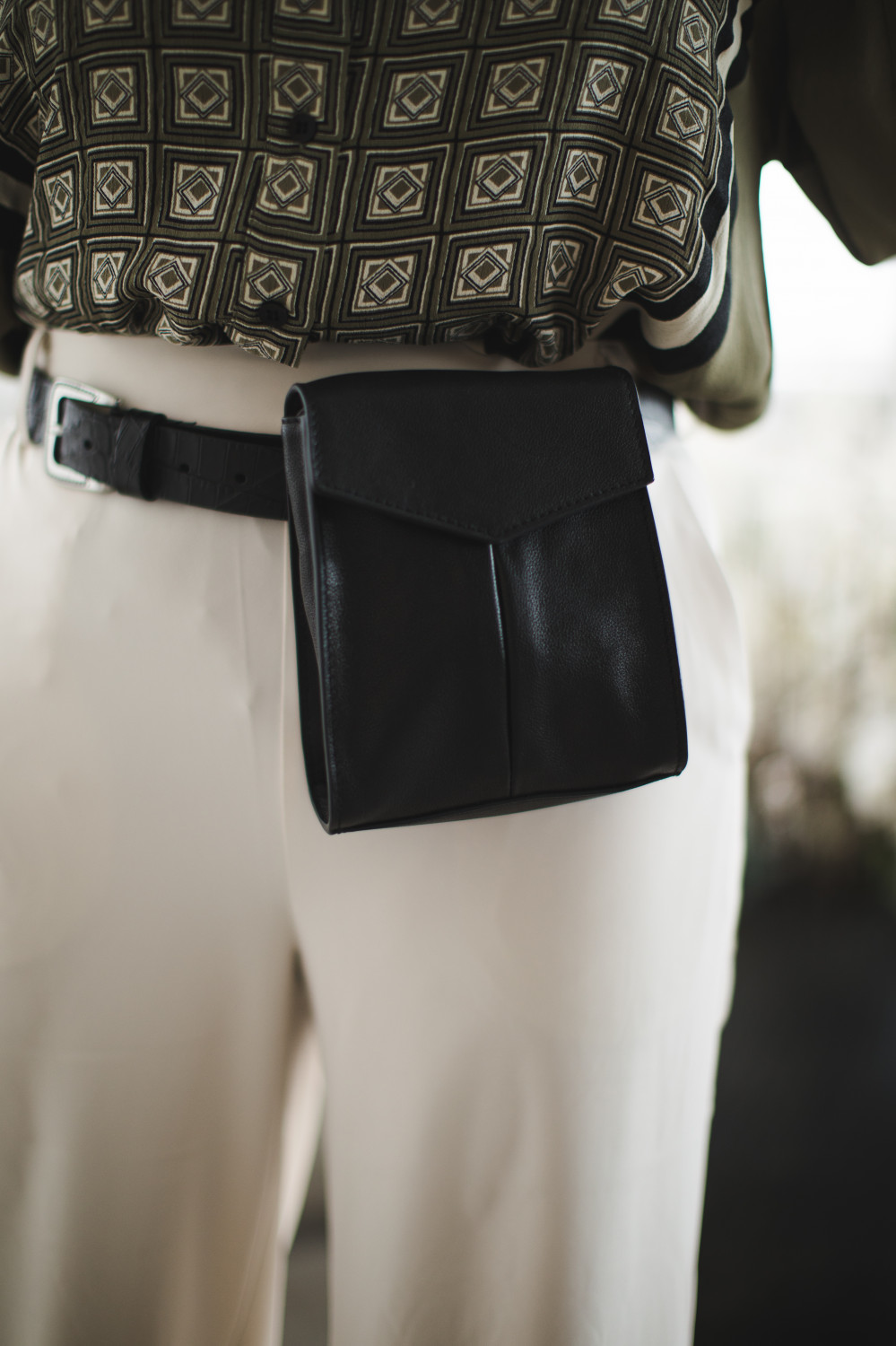 Nomad Shoulder Bag