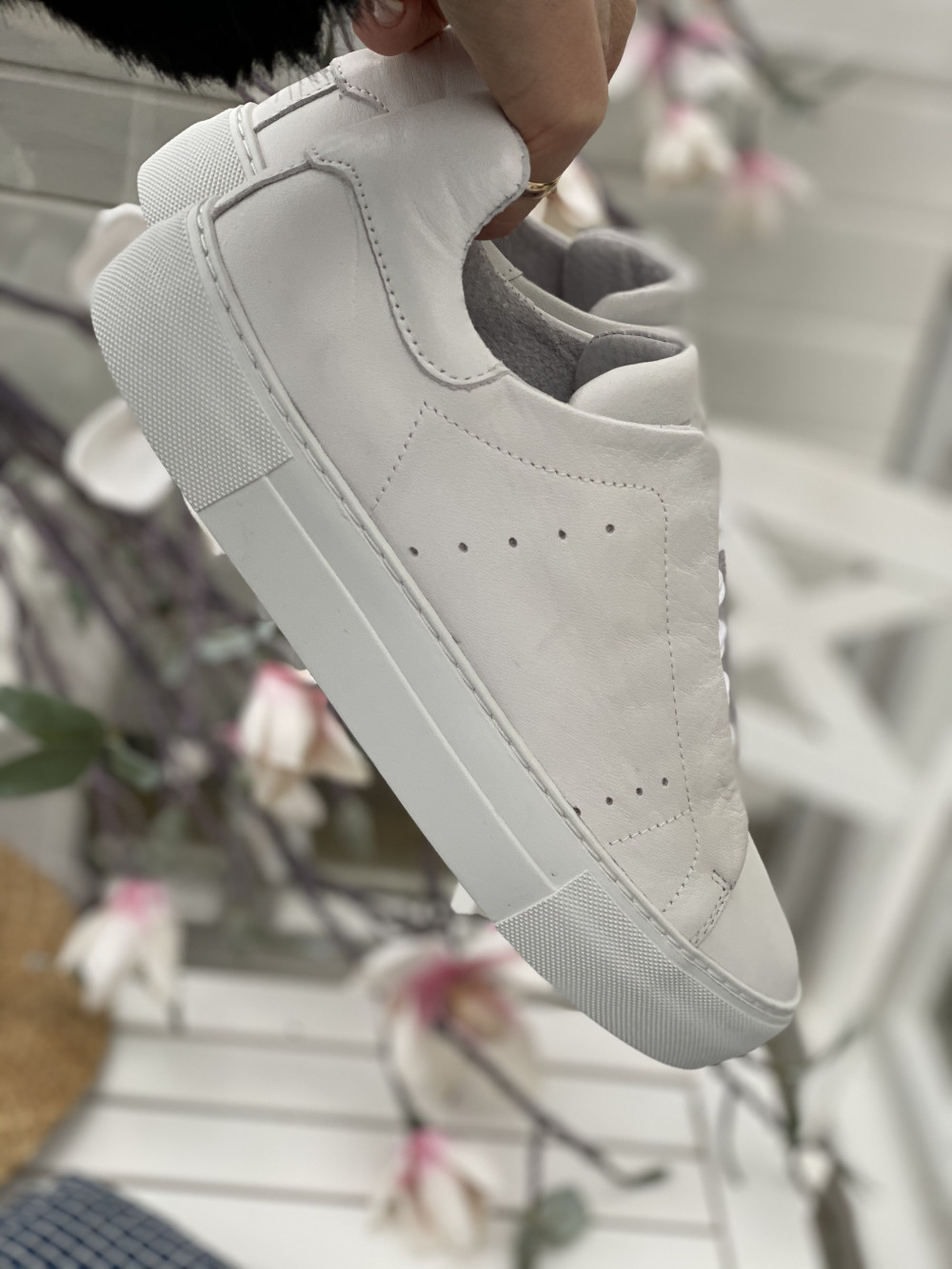 Vivi Sneakers