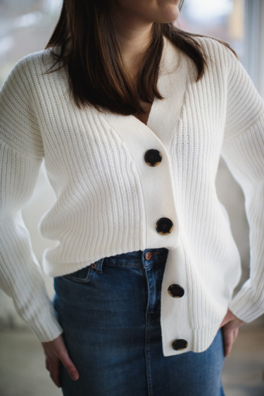 bailey ls knit button cardigan snow white