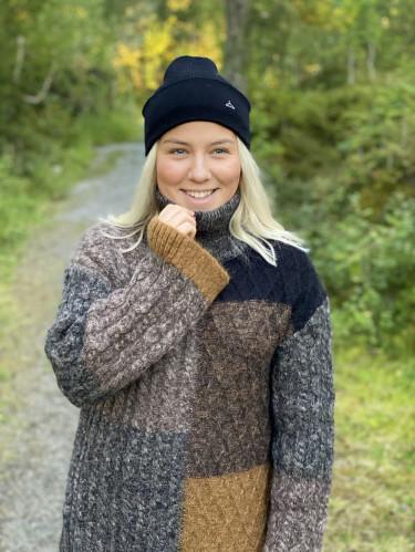 Barlind Knit Sweater
