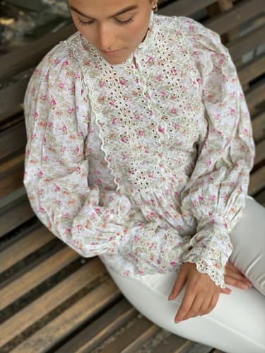 Cotton Slub lace blouse