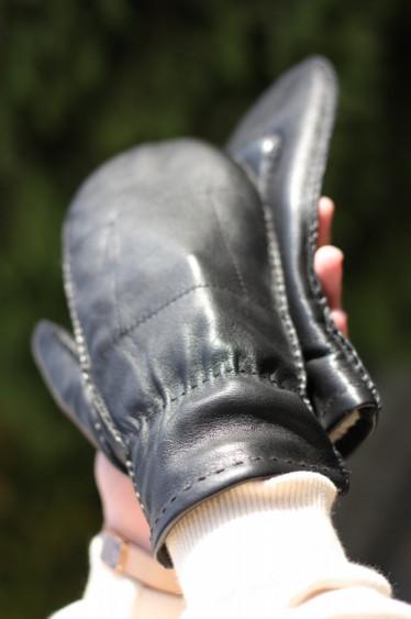 SD09 - Gloves Black