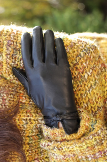 Alena Gloves Black