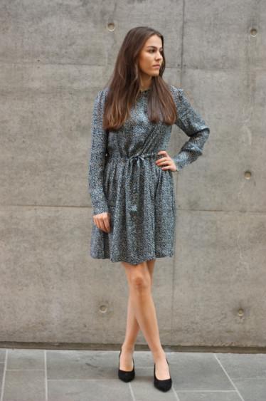 MONIQUE SHIRT DRESS AOP 8083 BLUE TWIGGY