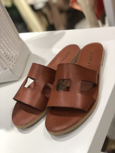 LIV 16140 Dark Tan