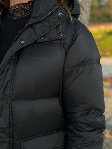Sol Down Jacket Black